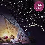 WANDKINGS Wandsticker 'Schäfchen zählen' 144 Sticker, Fluoreszierend & im Dunkeln leuchtend