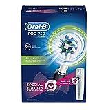 Oral-B Pro 750 Elektrische Zahnbürste, mit CrossAction Aufsteckbürste, Bonus Pack mit Reise-Etui,...