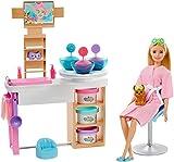Barbie GJR84 Wellness Gesichtsmasken Spielset, Blonde Puppe, Hündchen, Formen und Knete