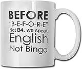Englischlehrer, Grammatik, nicht Bingo, vor lustiger Kaffeetasse Teetasse für das Geschenk des...