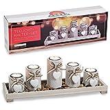 rustikaler Teelichthalter auf Tablett mit Stein-Dekoration & weißen Herzanhängern aus...
