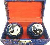 Gesundheit Qi-Gong Kugeln–Yin Yang auf Boden blau–Kostenloser Versand