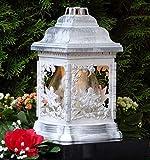 Grablampe Engel Rosen Weiß Rustikal mit Grablicht 26,0cm Grabschmuck Grablaterne Grableuchte Kerze...