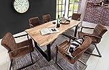 lifestyle4living Esstisch aus Akazienholz, Baumkante, eckig/Küchentisch hat schwarzes...