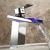 mDesign Badezimmer LED-Licht Waschbecken Wasserhahn, Wasserfall Glas Auslauf Becken Wasserhahn,...