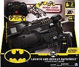 DC Comics Batman ferngesteuertes Batmobil mit Schleuderfunktion und exklusiver 10cm großer Batman...