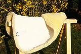 Große Sattelunterlage, 100% Qualitäts- Lammfell, Unterlage für Schabracke oder Satteldecke,...